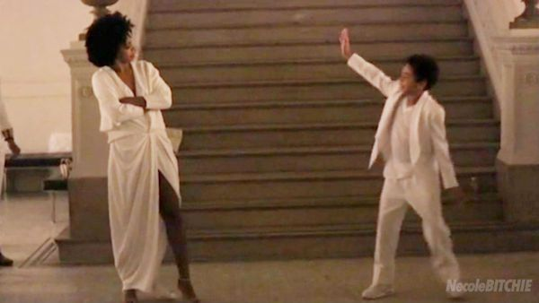 Solange-and-Julez-dance-to-No-Flex-Zone