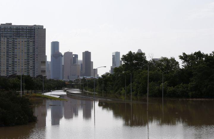 Deadly Flood Hits Houston [PHOTOS]